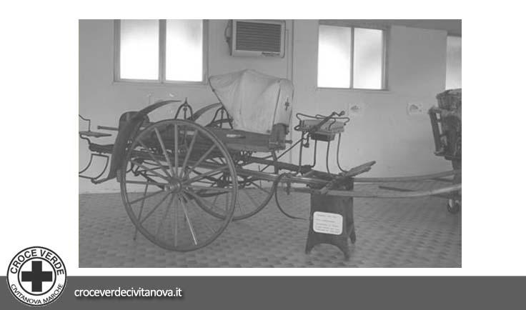 <strong>1913</strong> | CARROZZA A CAVALLO